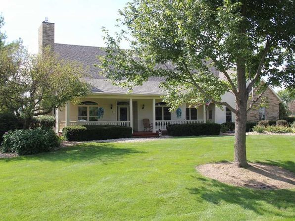 3 bed 3 bath Single Family at 6363 114th St Blue Grass, IA, 52726 is for sale at 400k - 1 of 24