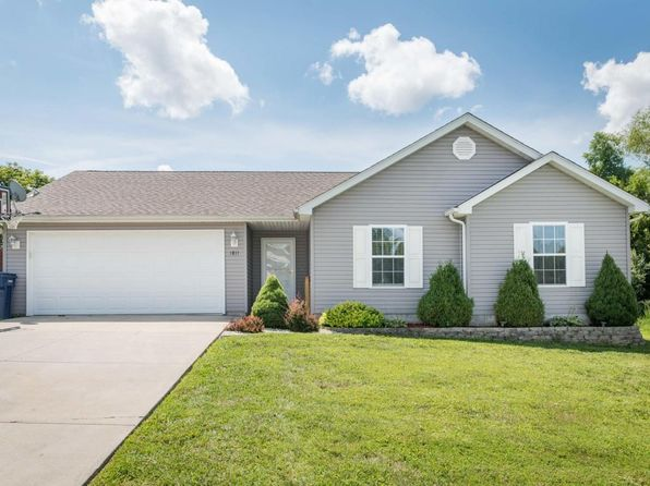 3 bed 2 bath Single Family at 1811 Bridge St Marion, IL, 62959 is for sale at 124k - 1 of 15