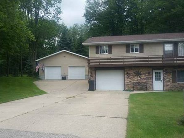 3 bed 2 bath Single Family at 7713 Five Lakes Dr Farwell, MI, 48622 is for sale at 140k - 1 of 12