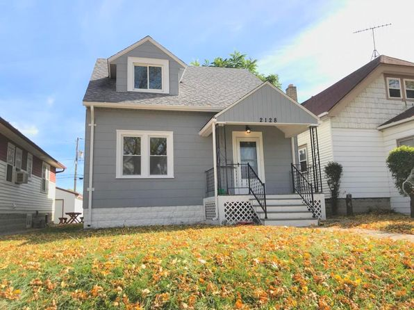 3 bed 1 bath Single Family at 2128 S 70th St West Allis, WI, 53219 is for sale at 140k - 1 of 12