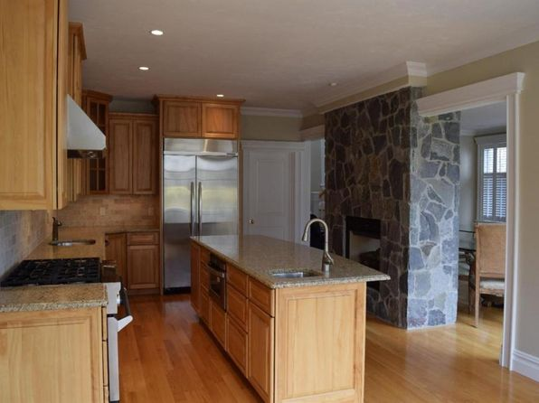 2 bed 3 bath Condo at 16 Quinns Way Mashpee, MA, 02649 is for sale at 649k - 1 of 13