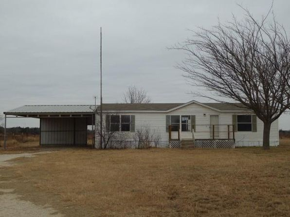 3 bed 2 bath Mobile / Manufactured at 2321 Well Service Rd Bowie, TX, 76230 is for sale at 39k - 1 of 11