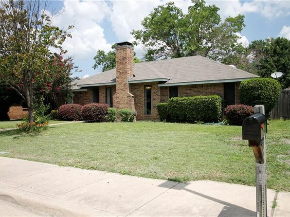 3 bed 2 bath Single Family at 2615 Kingsridge Dr Dallas, TX, 75287 is for sale at 220k - 1 of 10