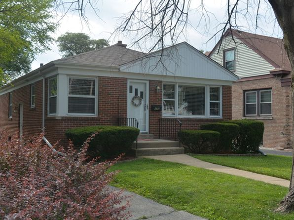 2 bed 1 bath Single Family at 194 N Clinton Ave Elmhurst, IL, 60126 is for sale at 300k - 1 of 21