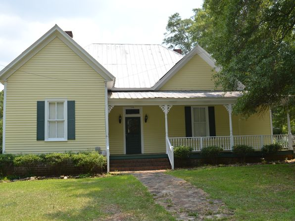 2 bed 2 bath Single Family at 206 Cedar St Washington, GA, 30673 is for sale at 135k - 1 of 5