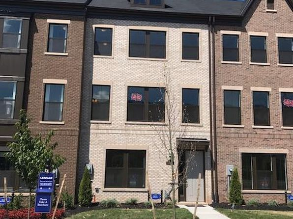 4 bed 4 bath Condo at 13668 Air and Space Museum Pkwy Oak Hill, VA, 20171 is for sale at 595k - 1 of 15