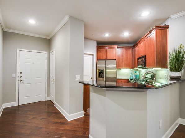 2 bed 2 bath Condo at 500 WATERS EDGE DR LAKE DALLAS, TX, 75065 is for sale at 225k - 1 of 19