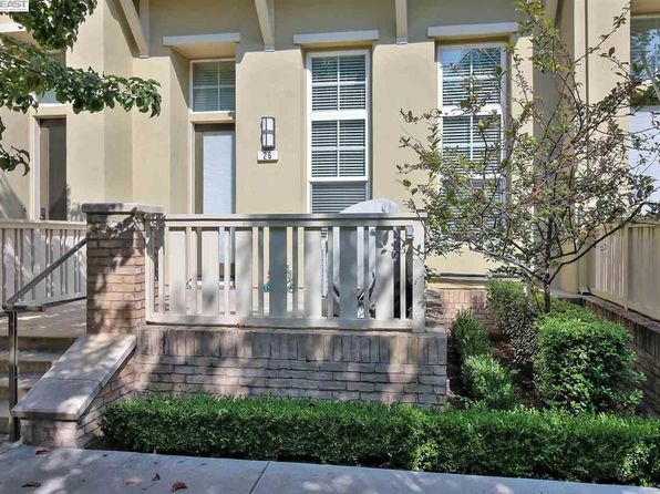 3 bed 3 bath Townhouse at 26 Silk Oak Ter Fremont, CA, 94536 is for sale at 800k - 1 of 29
