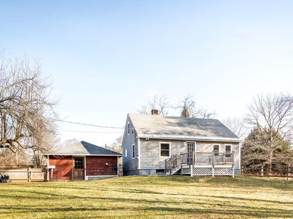 3 bed 1 bath Single Family at 15 Laurel St Great Barrington, MA, 01230 is for sale at 294k - 1 of 17