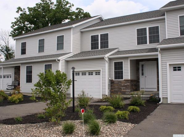 3 bed 3 bath Townhouse at 22 Academy Hill Dr Hudson, NY, 12534 is for sale at 274k - 1 of 31