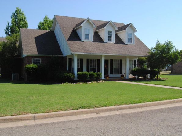 3 bed 3 bath Single Family at 2110 W 9th St Russellville, AR, 72801 is for sale at 238k - 1 of 27