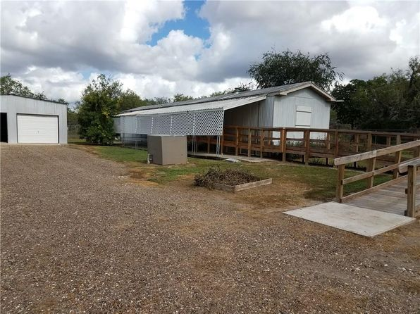 2 bed 2 bath Mobile / Manufactured at 110 Stephens Loop Lake City, TX, 78368 is for sale at 60k - 1 of 18