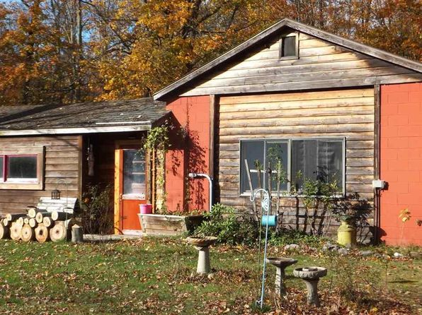 2 bed 1 bath Single Family at 4829 Maple City Hwy Interlochen, MI, 49643 is for sale at 165k - 1 of 18