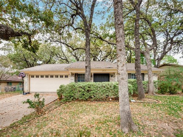 4 bed 2 bath Single Family at 2915 Janet Cir Arlington, TX, 76013 is for sale at 186k - 1 of 22