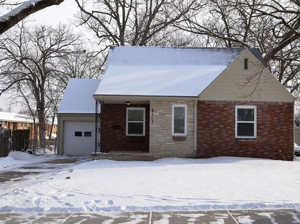 3 bed 2 bath Single Family at 2313 33rd St Des Moines, IA, 50310 is for sale at 173k - 1 of 20