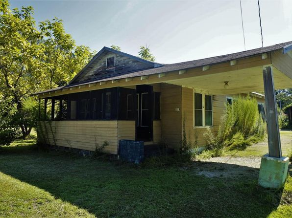 3 bed 1 bath Single Family at 119 PINE ST SAINT STEPHEN, SC, 29479 is for sale at 65k - 1 of 21