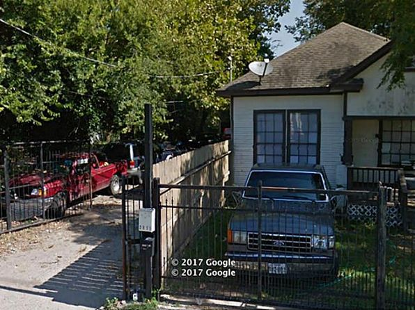 3 bed 2 bath Single Family at 2909&2915 Engelke St Houston, TX, 77003 is for sale at 400k - 1 of 6
