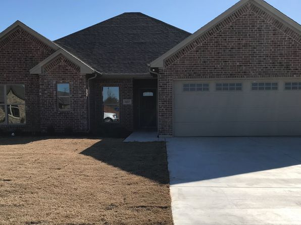 4 bed 2 bath Single Family at 307 Ella St Whitesboro, TX, 76273 is for sale at 250k - 1 of 7