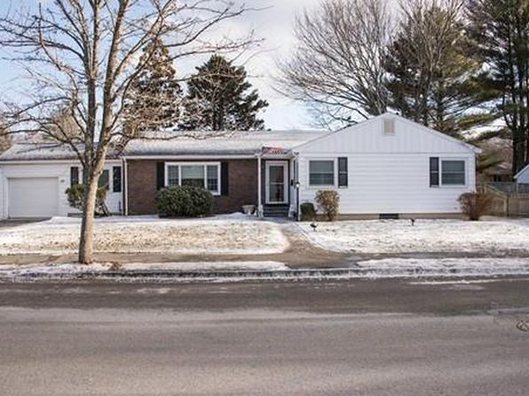 3 bed 3 bath Single Family at 110 STANLEY RD SWAMPSCOTT, MA, 01907 is for sale at 575k - 1 of 27
