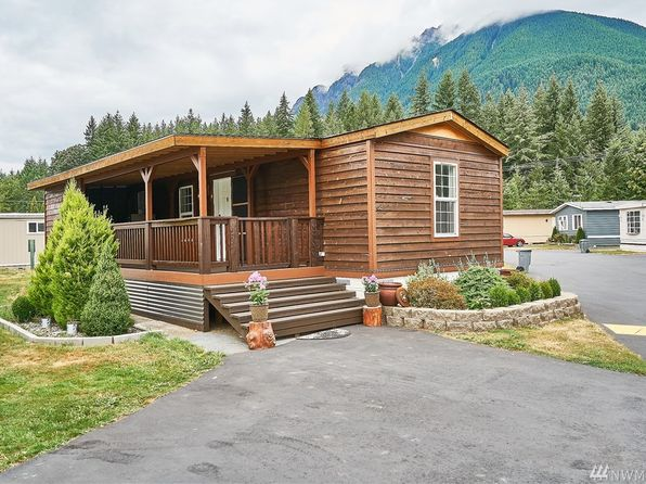 Built In Storage   North Bend Real Estate   North Bend WA Homes For Sale |  Zillow