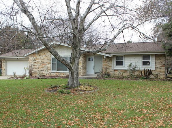 3 bed 2 bath Single Family at 5104 Briarwood Ln Racine, WI, 53402 is for sale at 185k - 1 of 25