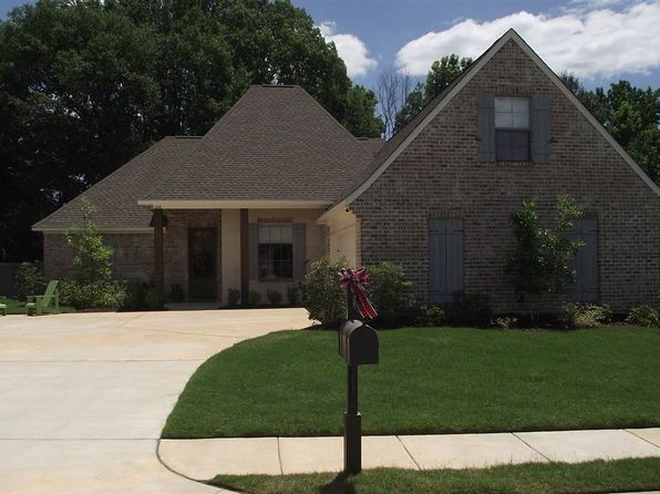 4 bed 2 bath Single Family at 126 Huber St Madison, MS, 39110 is for sale at 285k - 1 of 15