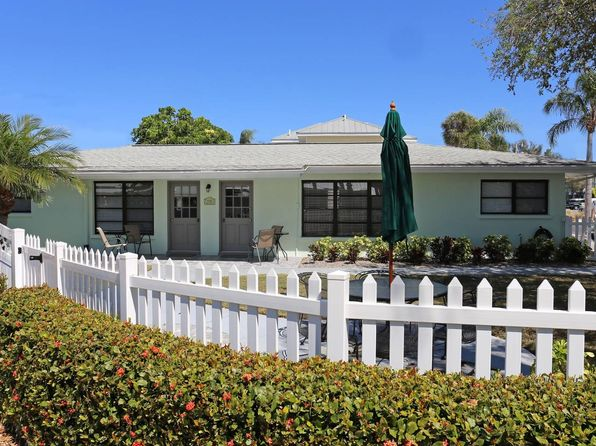 4 bed 2 bath Multi Family at 1141 Sun N Sea Dr Sarasota, FL, 34242 is for sale at 999k - 1 of 21