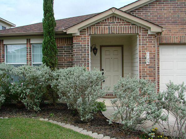 4 bed 2 bath Single Family at 1126 Desert Palms Ln Rosenberg, TX, 77471 is for sale at 190k - 1 of 12