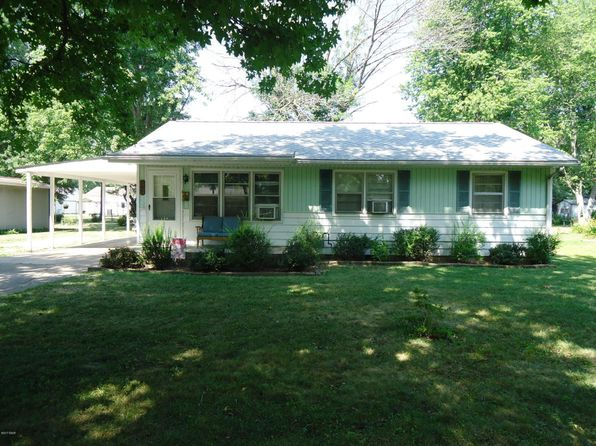 3 bed 1 bath Single Family at 709 N Lincoln St Salem, IL, 62881 is for sale at 60k - 1 of 12