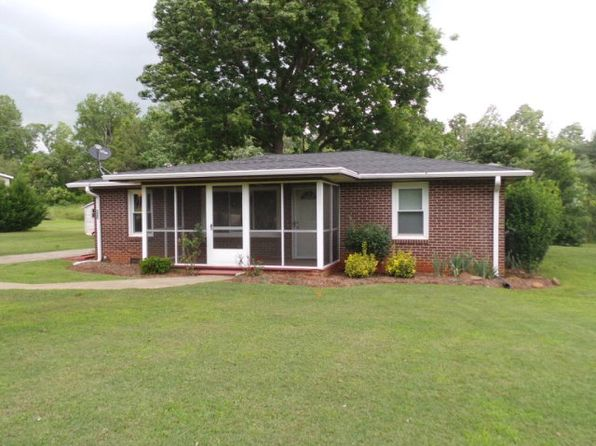 3 bed 2 bath Single Family at 546 Macedonia Rd Gaffney, SC, 29341 is for sale at 125k - 1 of 27
