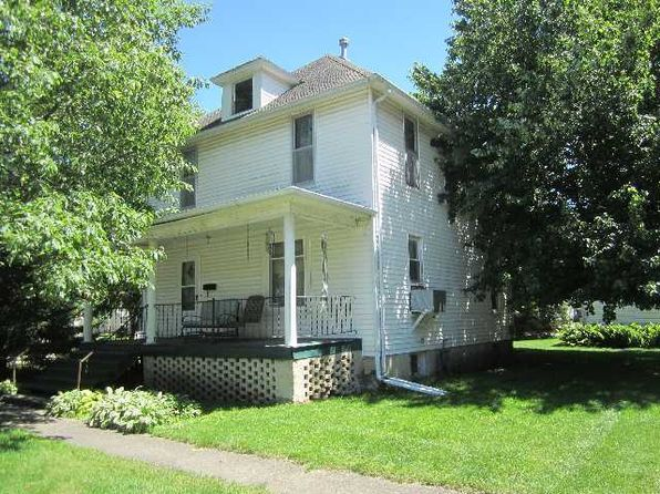 4 bed 2 bath Single Family at 443 E Oak St Watseka, IL, 60970 is for sale at 28k - 1 of 11