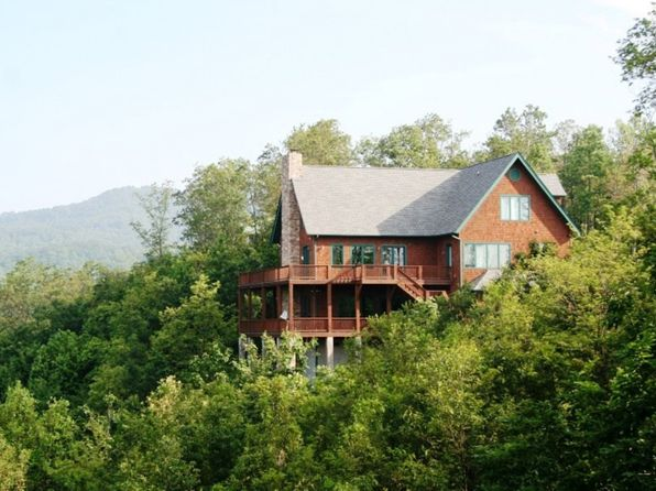5 bed 6 bath Single Family at 6 SONGBIRD CT HENDERSONVILLE, NC, 28792 is for sale at 625k - 1 of 26