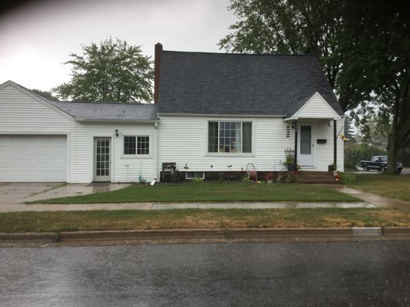 3 bed 1 bath Single Family at 310 16th St S Wisconsin Rapids, WI, 54494 is for sale at 80k - 1 of 13