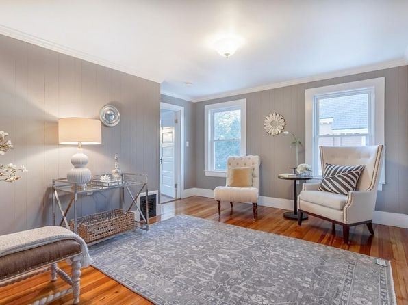 2 bed 1 bath Condo at 6 FLINT ST SALEM, MA, 01970 is for sale at 317k - 1 of 17