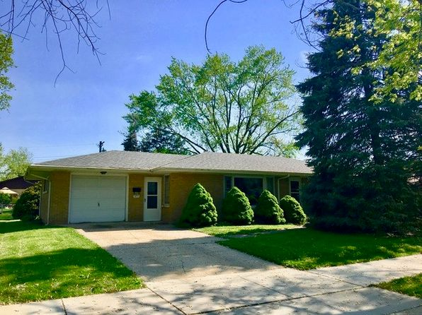 2 bed 2 bath Single Family at 1053 E 8th St Lockport, IL, 60441 is for sale at 125k - 1 of 28