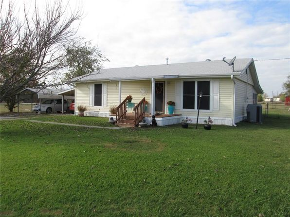 2 bed 1 bath Single Family at 7001 County Road 301 Grandview, TX, 76050 is for sale at 160k - 1 of 30