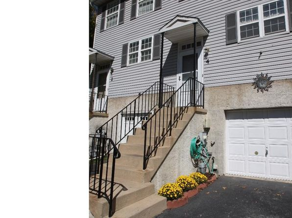 2 bed 2 bath Townhouse at 4 Woodfield Dr Claymont, DE, 19703 is for sale at 169k - 1 of 20