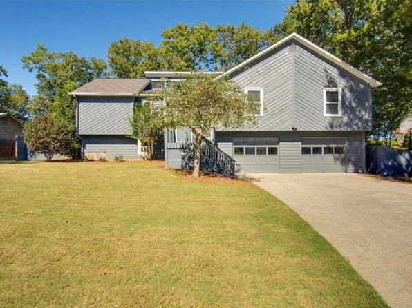 3 bed 2 bath Single Family at 185 Farm Trak Roswell, GA, 30075 is for sale at 330k - 1 of 33