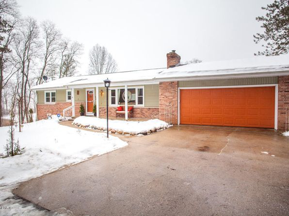 3 bed 2 bath Single Family at 13830 E C Ave Augusta, MI, 49012 is for sale at 240k - 1 of 40