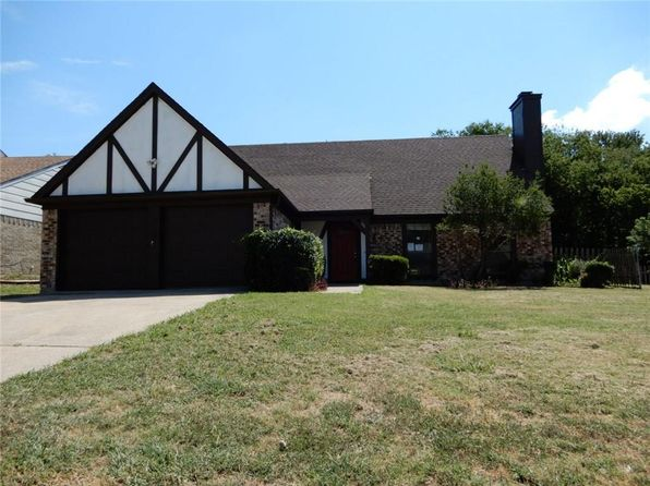 3 bed 2 bath Single Family at 4350 Winchester Ct Grand Prairie, TX, 75052 is for sale at 148k - 1 of 36