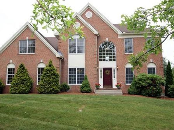 4 bed 2.5 bath Single Family at 3 Winthrop Dr Franklin, MA, 02038 is for sale at 688k - 1 of 23