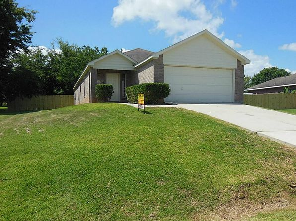 3 bed 2 bath Single Family at 13221 Miller Ln Willis, TX, 77318 is for sale at 159k - 1 of 14