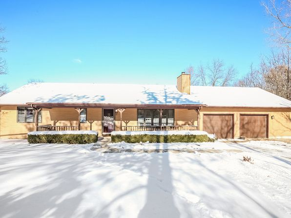 2 bed 3 bath Single Family at 12392 W Dorothy St Beach Park, IL, 60087 is for sale at 180k - 1 of 33
