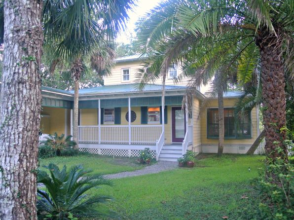 3 bed 3 bath Single Family at 294 Bayou Cir Freeport, FL, 32439 is for sale at 396k - 1 of 27