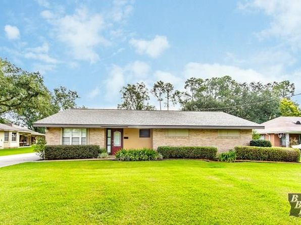 3 bed 2 bath Single Family at 305 Cherokee Ave Thibodaux, LA, 70301 is for sale at 280k - 1 of 4