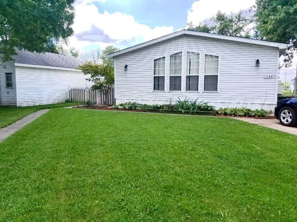 3 bed 2 bath Single Family at 125 E Slavik Pontiac, IL, 61764 is for sale at 37k - 1 of 18