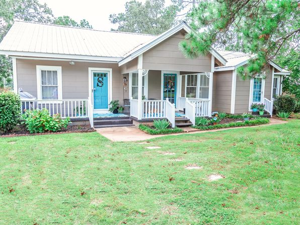 3 bed 2 bath Single Family at 868 E Columbus St Dadeville, AL, 36853 is for sale at 126k - 1 of 38