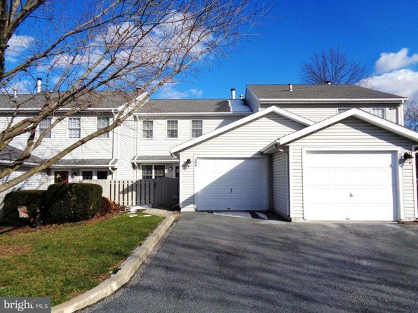 2 bed 2 bath Single Family at 204 Kensington Ct York, PA, 17402 is for sale at 117k - 1 of 18