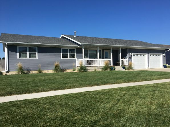 3 bed 3 bath Single Family at 140 E Cardinal St Garner, IA, 50438 is for sale at 229k - 1 of 53