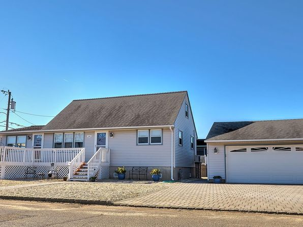 4 bed 2 bath Single Family at 308 N 7th St Surf City, NJ, 08008 is for sale at 575k - 1 of 24